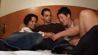 Husband and Wife Threesome Homemade
